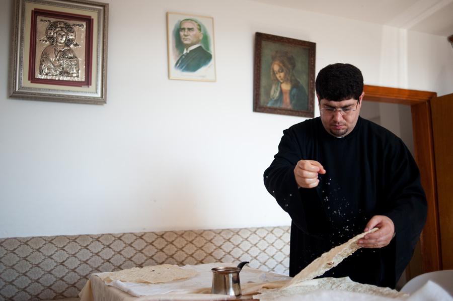 Priest Avedis Tabasyan